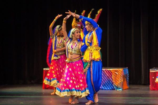 Bollywood Dance Instructors Tustin